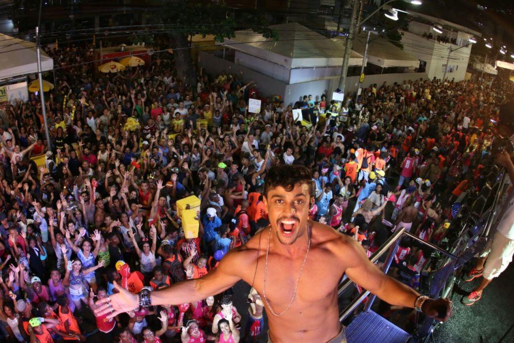 lincoln-sena-duas-medidas-carnaval-foto-mateus-ross