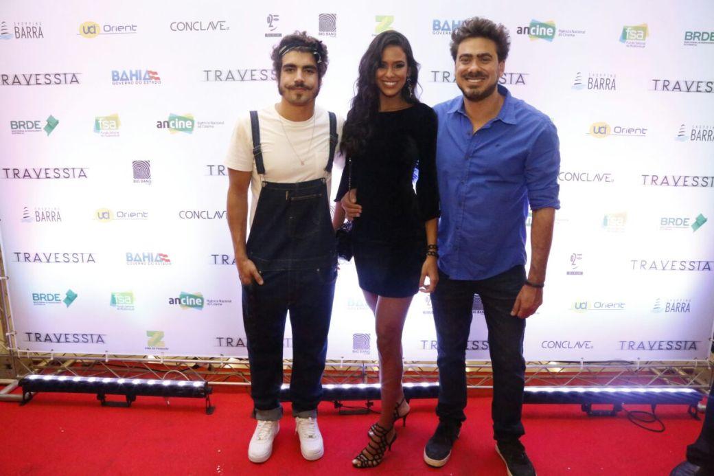 Caio Castro, Aline Monaretto e o diretor João Gabriel foto Quelli (1)