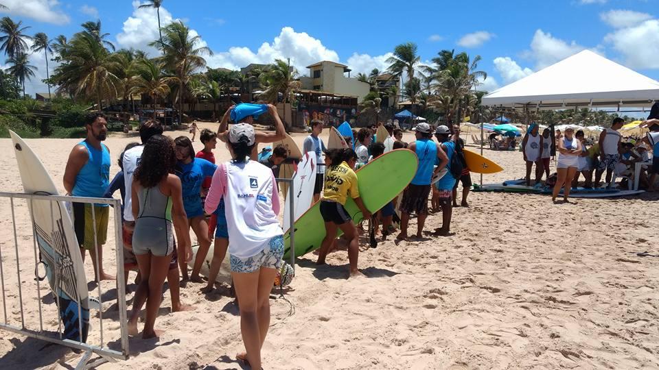 Campeonato de Surf foto de celular