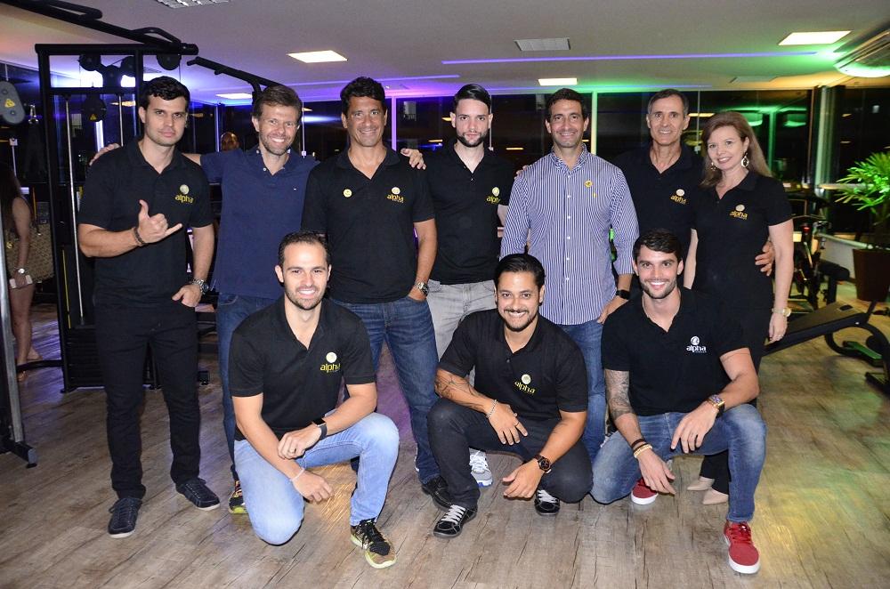 Equipe gestora da Alpha. Na frente, à esquerda, o Diretor Geral Leandro Cardoso