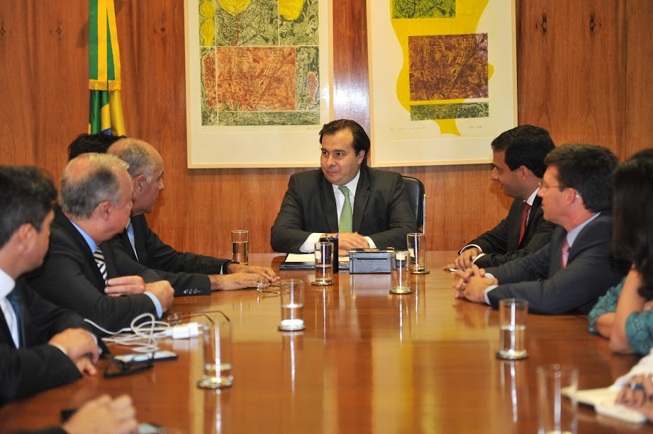 Presidente da CMS ver Leo Prates em Brasília_Reunião Rodrigo Maia 4_cerdito J Batista